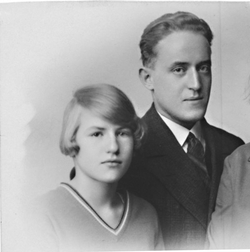 Storebror Armas Heikel (1906-1980) och lillasyster Ulla Heikel (1915-1940)