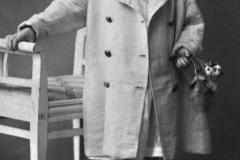 Ulla Heikel född 14 dec 1915,